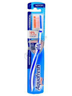 Periuta de dinti Aquafresh Interdental Silky Medium